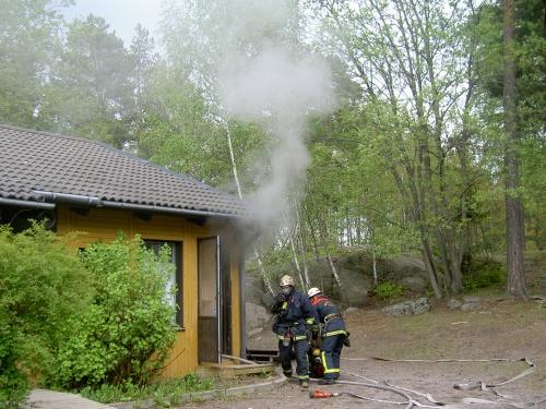 skolbrand på ryttarvagen (4)